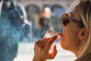 Получение и употребление кофеина и табака